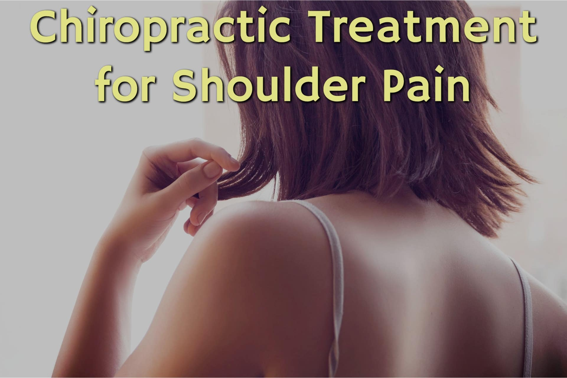 Woman Needing Chiropractic Treatment for Shoulder Pain